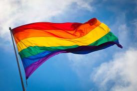 1024px-Rainbow_flag_breeze