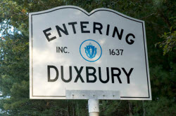 Daytime view of an Entering Duxbury sign in Massachusetts